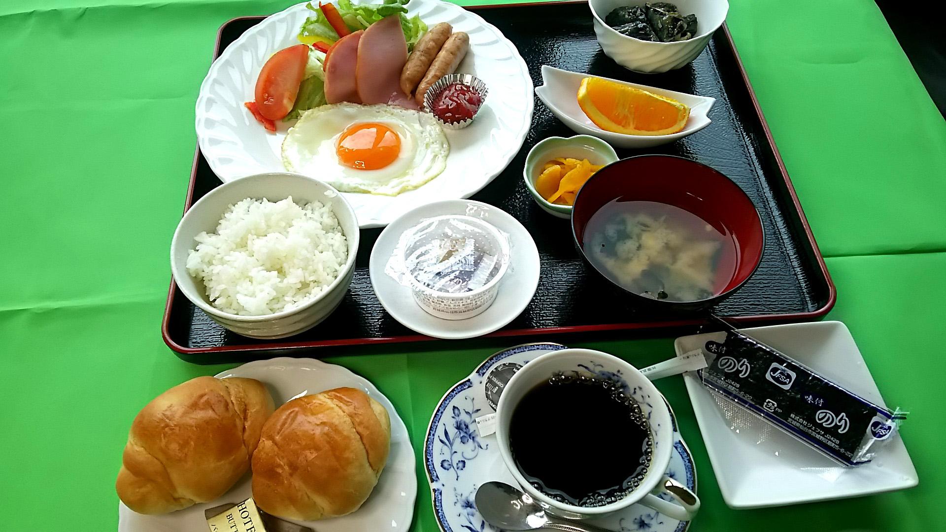 朝食 和洋折衷