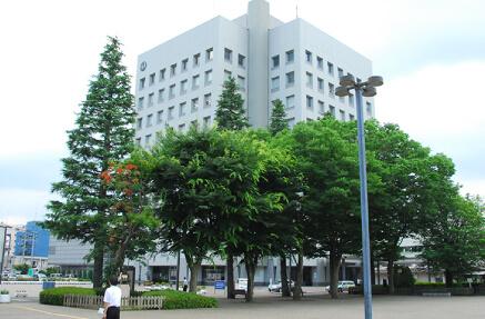 八戸市庁舎